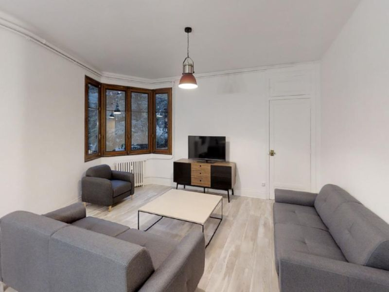 Sale apartment Chambery 420000€ - Picture 2