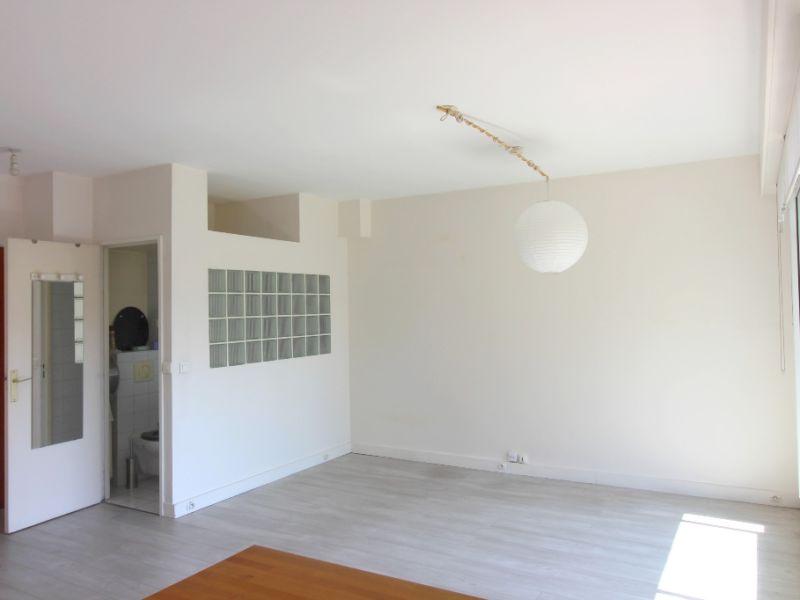 Rental apartment Levallois 980€ CC - Picture 3