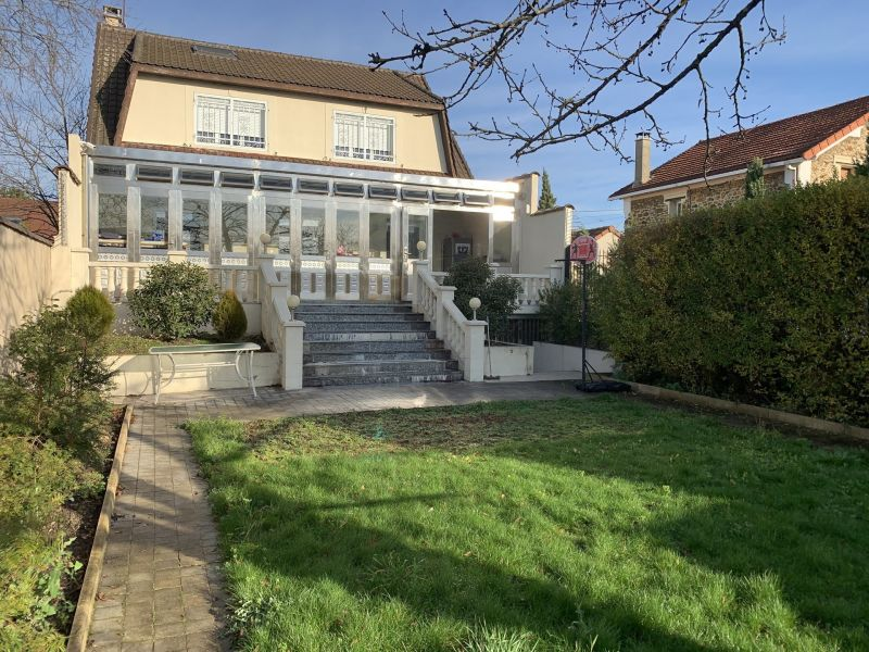 Sale house / villa Gagny 489000€ - Picture 1
