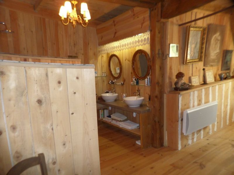 Sale house / villa Le beage 244600€ - Picture 15