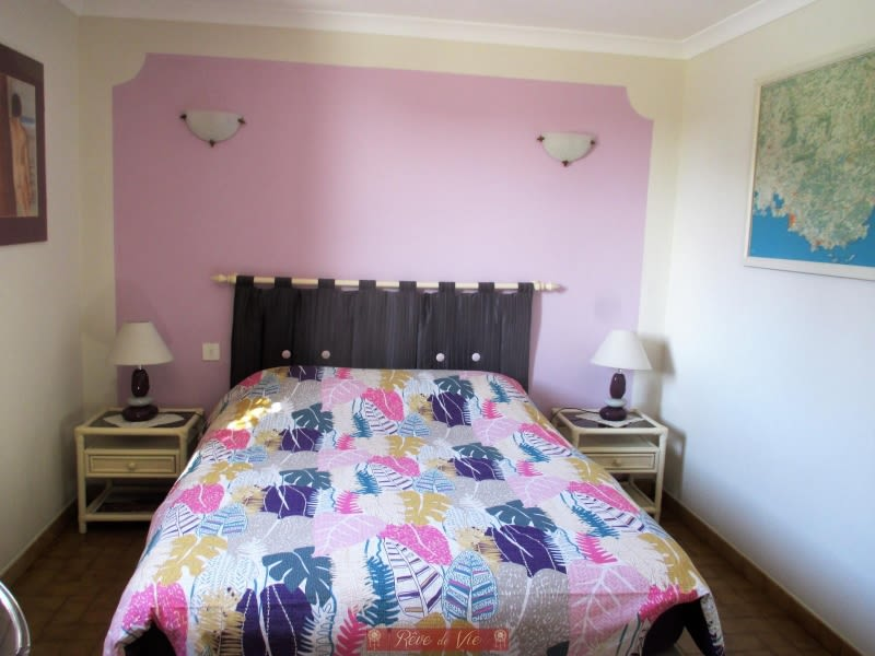 Vente maison / villa Bormes les mimosas 585000€ - Photo 8
