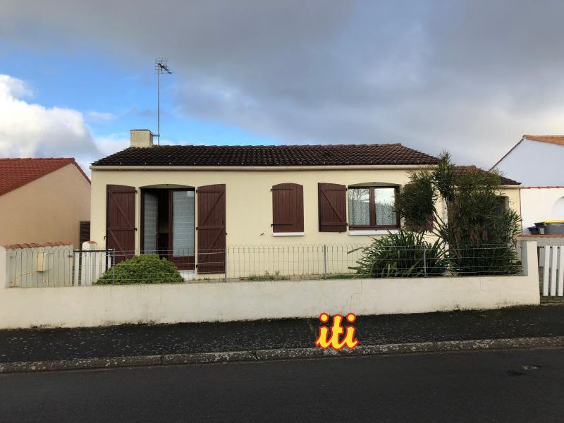 Sale house / villa Chateau d'olonne 210000€ - Picture 2