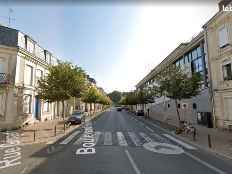 Sale apartment Angers 192000€ - Picture 1