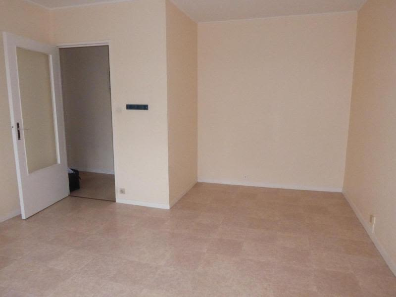 Location appartement Talant 390€ CC - Photo 2