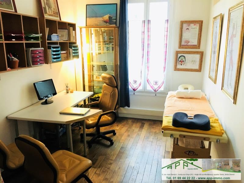Sale apartment Paris 18 634 900€ - Picture 2