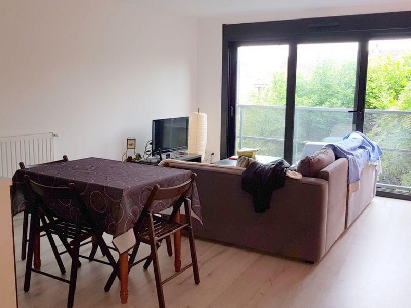 Location appartement Bordeaux 832€ CC - Photo 1