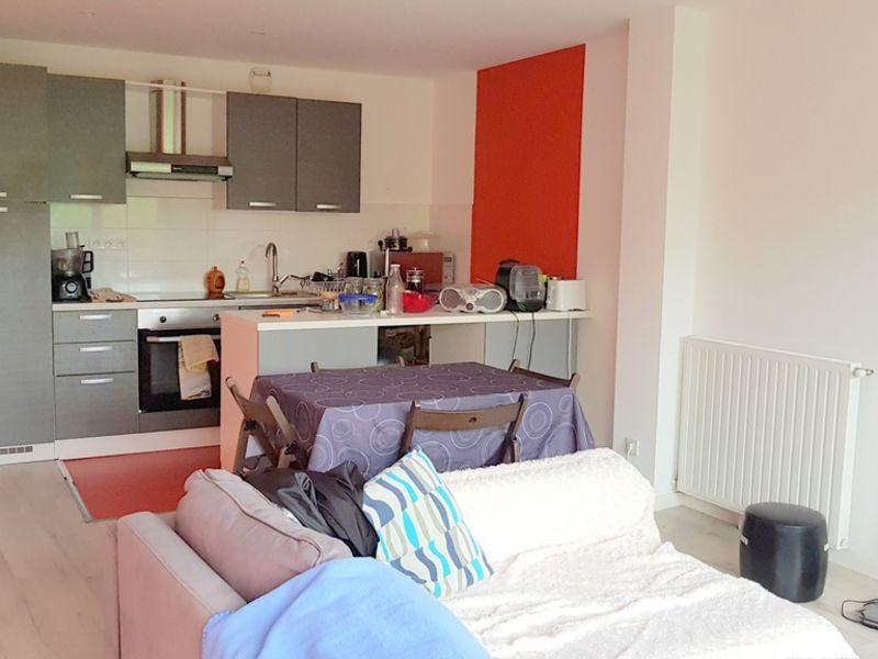 Location appartement Bordeaux 832€ CC - Photo 2