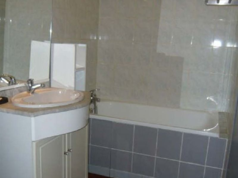 Rental house / villa Ste catherine 915€ CC - Picture 3