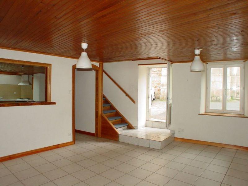 Sale house / villa Montfaucon en velay 69000€ - Picture 1