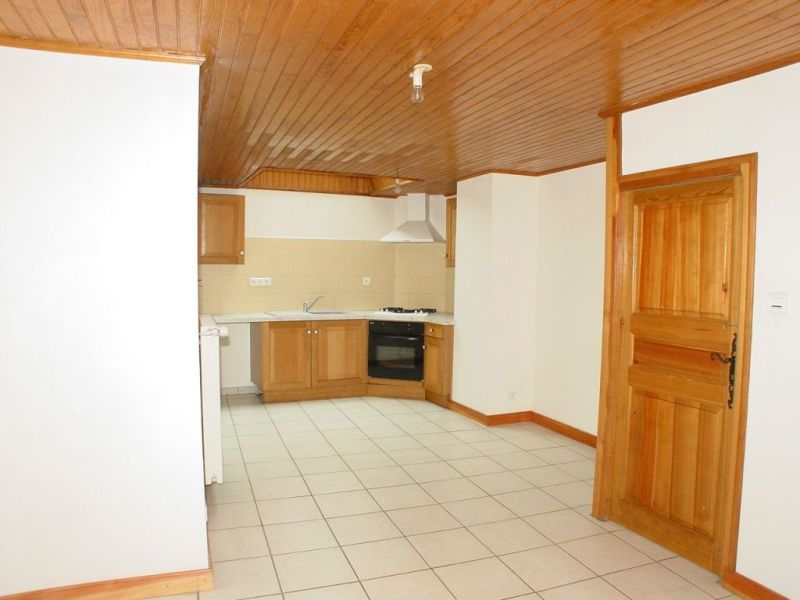 Sale house / villa Montfaucon en velay 69000€ - Picture 2