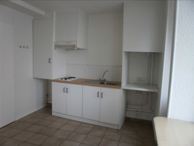 Rental apartment Gan 280€ CC - Picture 2