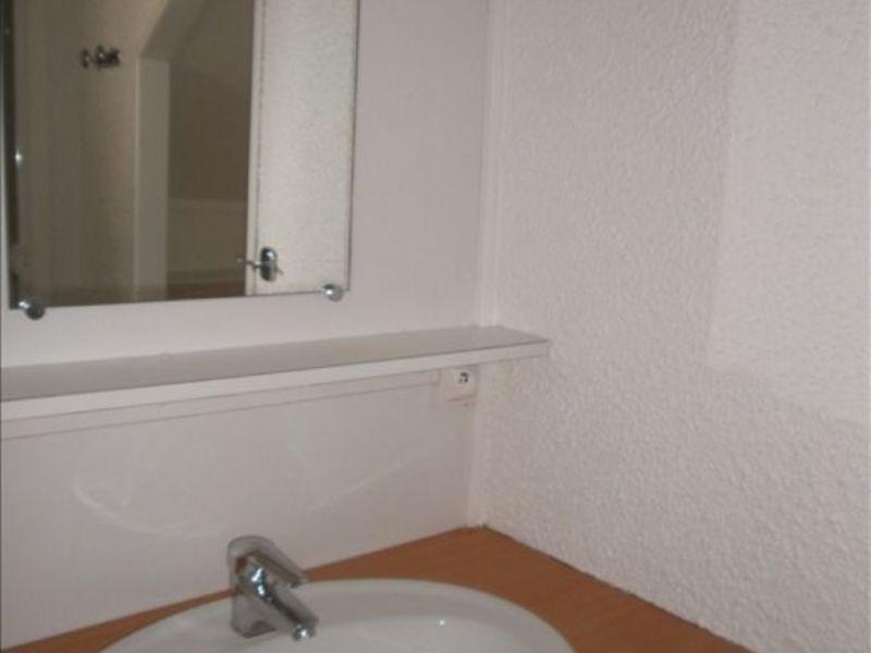 Rental apartment Gan 280€ CC - Picture 3