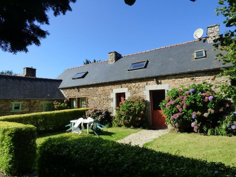 Location maison / villa Begard 340€ CC - Photo 4
