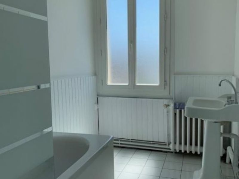 Rental house / villa Oissel 860€ CC - Picture 8