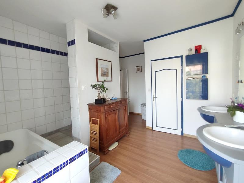 Vente maison / villa Gemozac 245575€ - Photo 9
