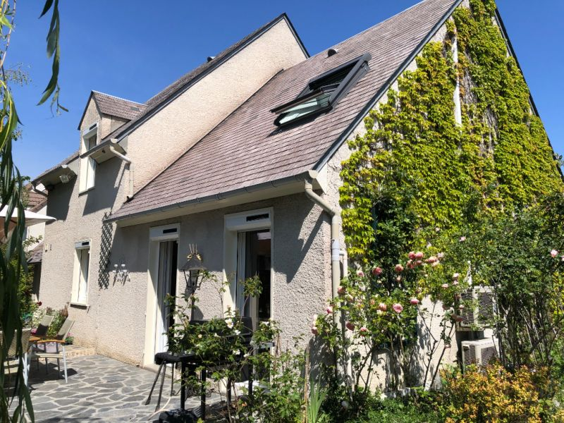 Sale house / villa Chennevieres sur marne 583000€ - Picture 1