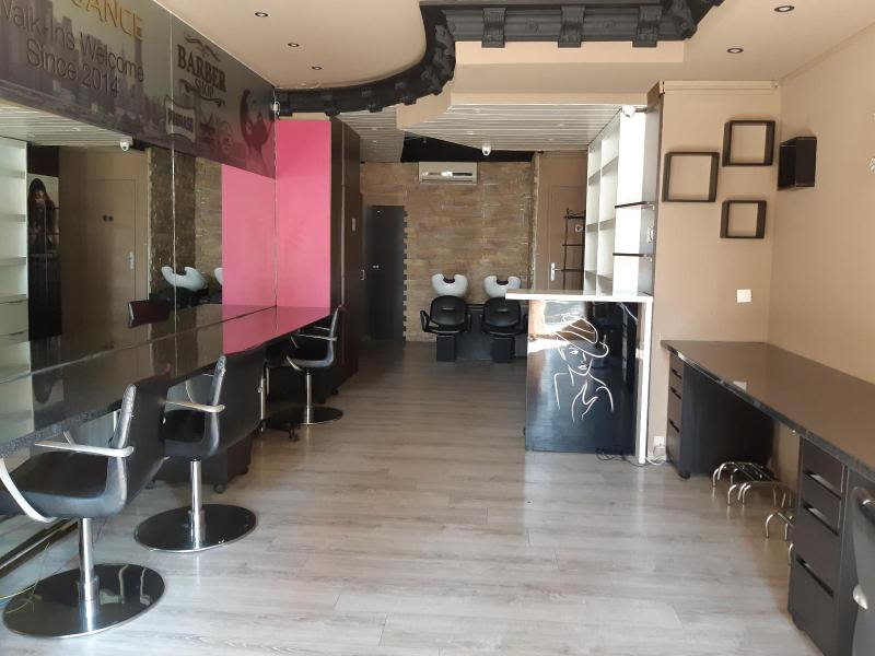 Location local commercial Grenoble 839€ HC - Photo 1