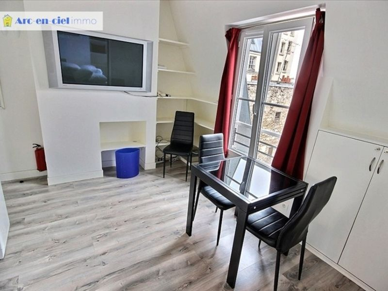 Rental apartment Paris 1 100€ CC - Picture 2