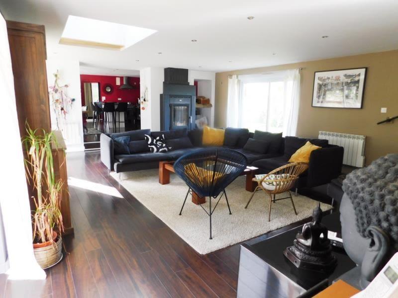 Sale house / villa St ellier du maine 275000€ - Picture 3