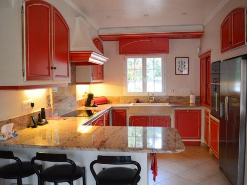 Vente maison / villa Nans les pins 770000€ - Photo 7