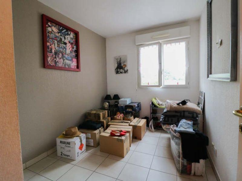 Sale apartment Cannes la bocca 243000€ - Picture 4