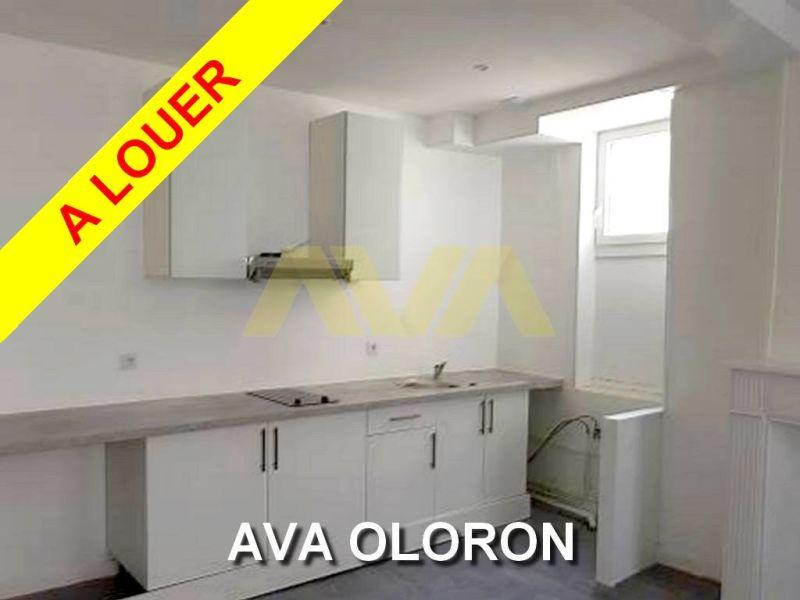 Location appartement Oloron-sainte-marie 350€ CC - Photo 1