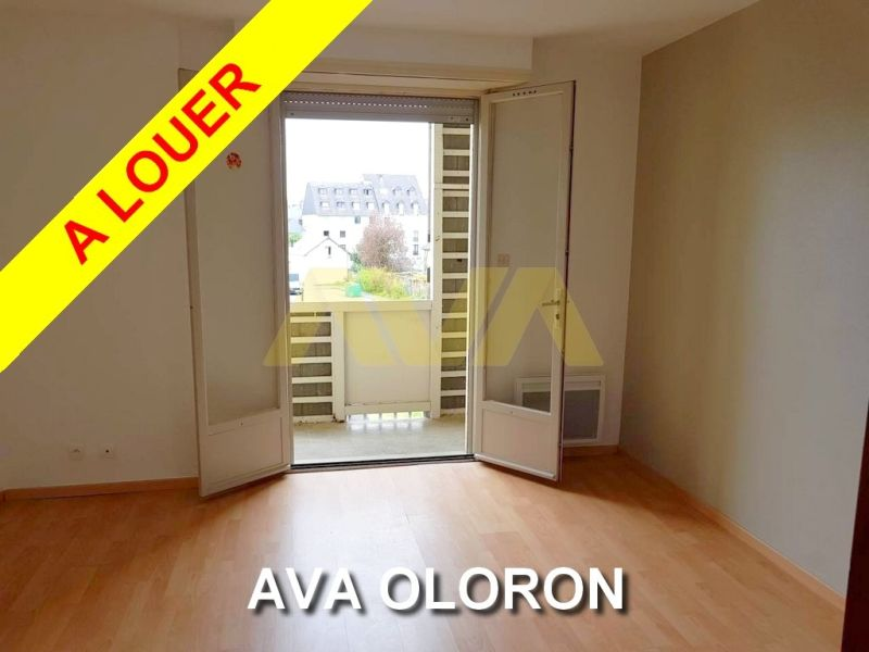 Location appartement Oloron-sainte-marie 420€ CC - Photo 1