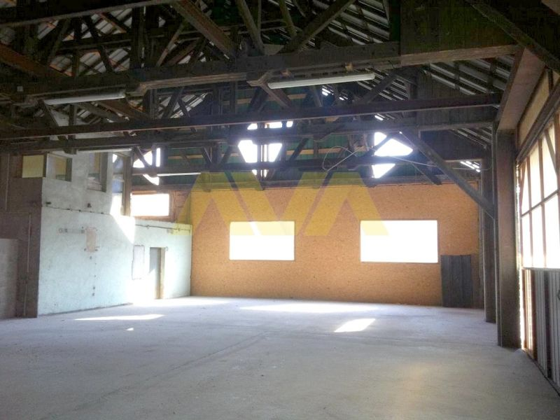 Location local commercial Espes undurein 678€ CC - Photo 9