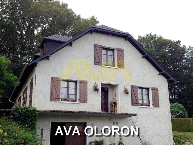 Sale house / villa Oloron-sainte-marie 156000€ - Picture 1