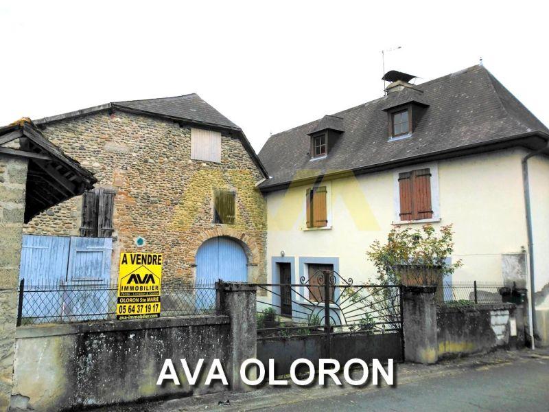 Sale house / villa Oloron-sainte-marie 157500€ - Picture 1