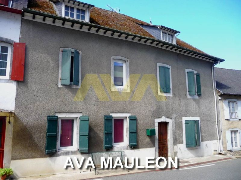 Sale house / villa Mauléon-licharre 160 000€ - Picture 1