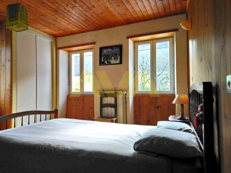 Sale house / villa Oloron-sainte-marie 235000€ - Picture 6