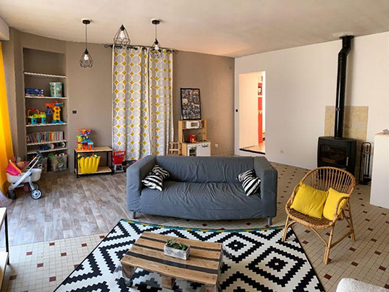 Sale house / villa Le fief-sauvin 132200€ - Picture 2