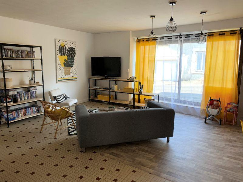 Sale house / villa Le fief-sauvin 132200€ - Picture 3