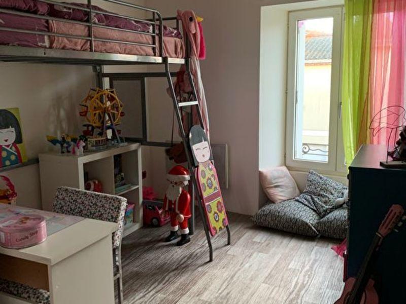 Sale house / villa Le fief-sauvin 132200€ - Picture 4