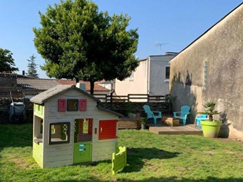 Sale house / villa Le fief-sauvin 132200€ - Picture 6