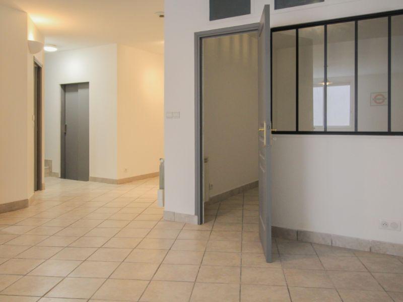 Sale apartment Aix les bains 285000€ - Picture 2