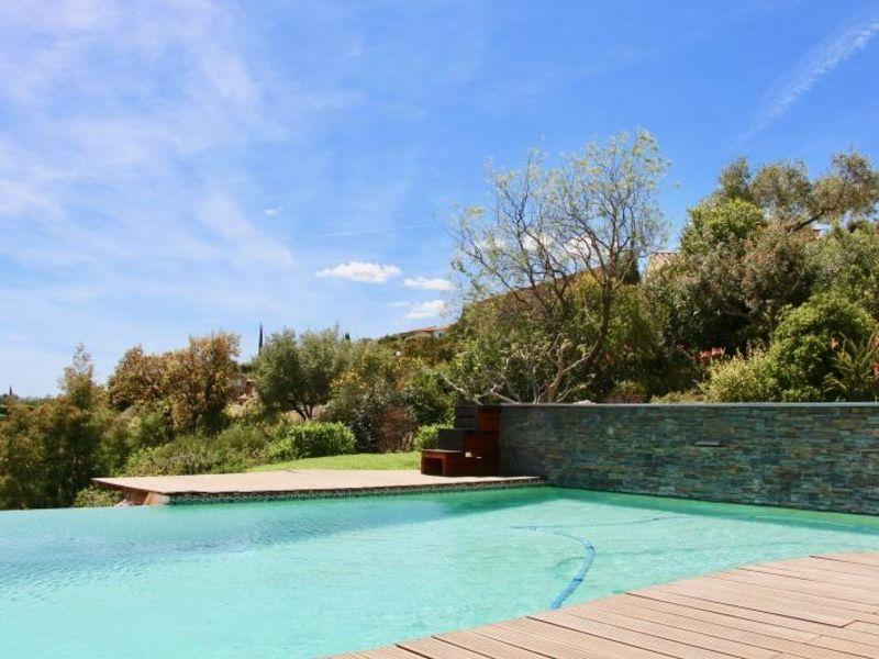 Deluxe sale house / villa La londe les maures 816000€ - Picture 1