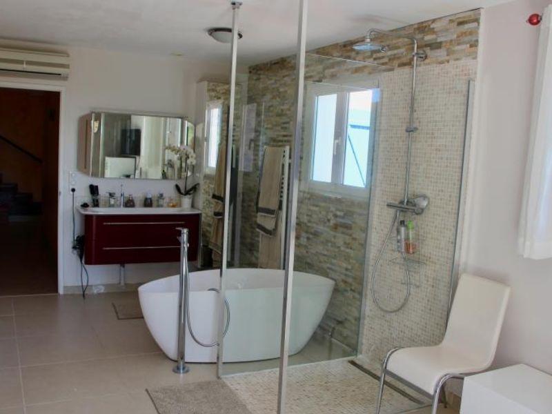 Deluxe sale house / villa La londe les maures 816000€ - Picture 9