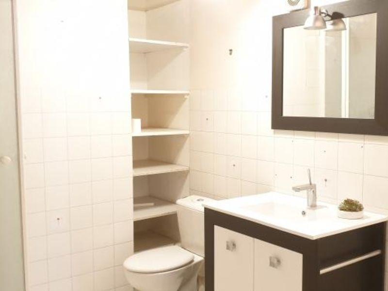 Sale apartment Cadenet 145000€ - Picture 8