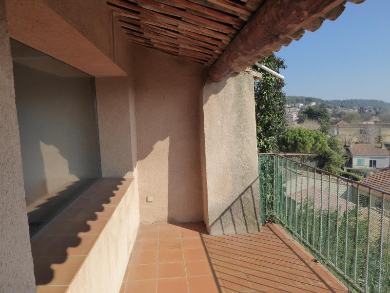 Sale apartment Cadenet 150000€ - Picture 3