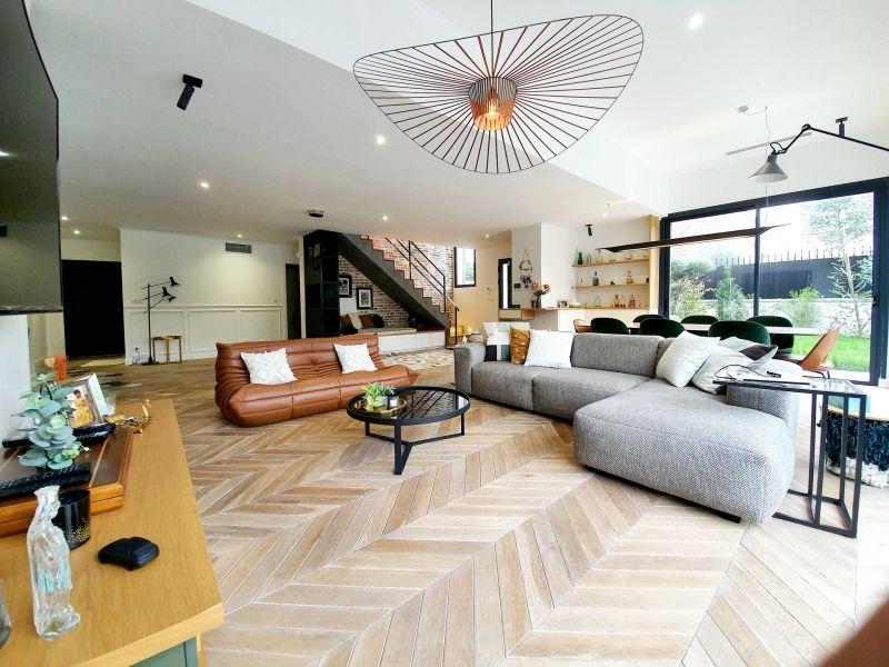 Sale house / villa Villemomble 899000€ - Picture 2