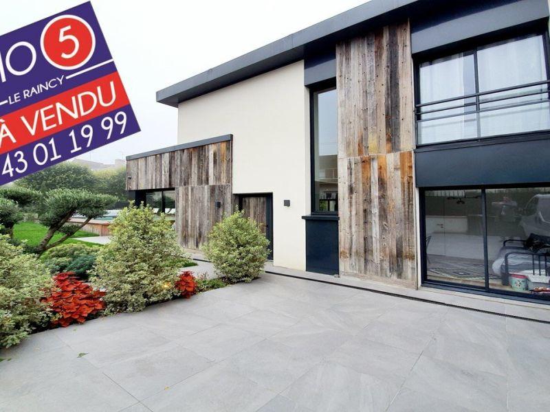 Sale house / villa Villemomble 899000€ - Picture 1
