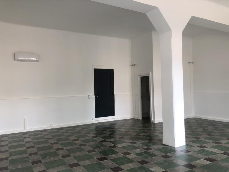Location local commercial L ile rousse 1 600€ HC - Photo 3