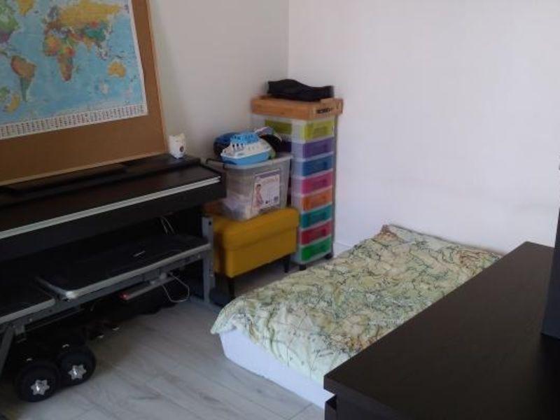Rental apartment Poissy 912€ CC - Picture 9