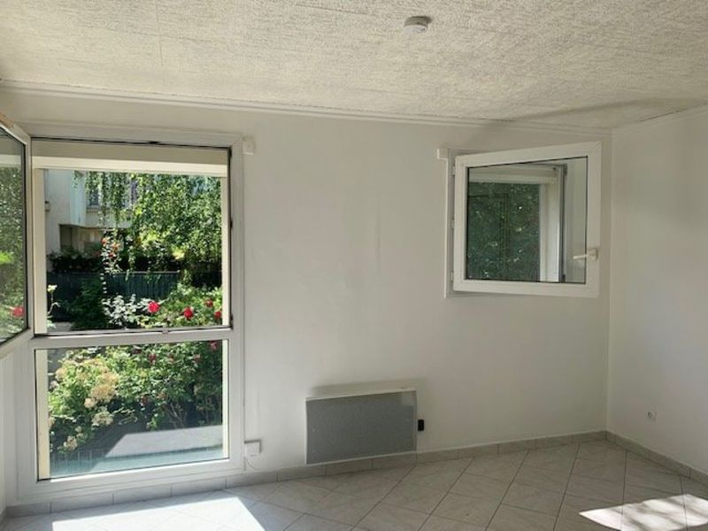 Vente appartement Rosny sous bois 140000€ - Photo 3