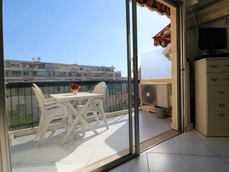 Sale apartment Cannes 210000€ - Picture 2