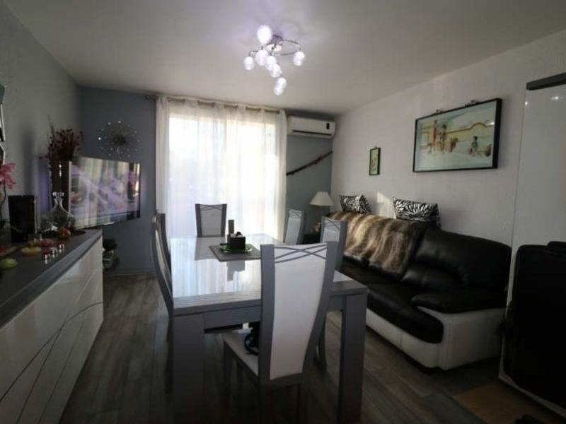 Sale apartment Cannes la bocca 185000€ - Picture 1