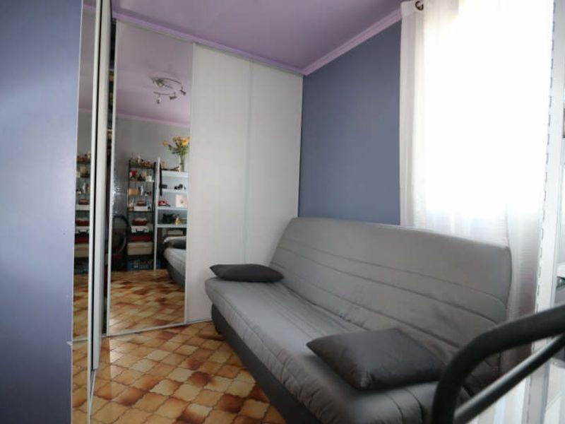 Sale apartment Cannes la bocca 185000€ - Picture 5