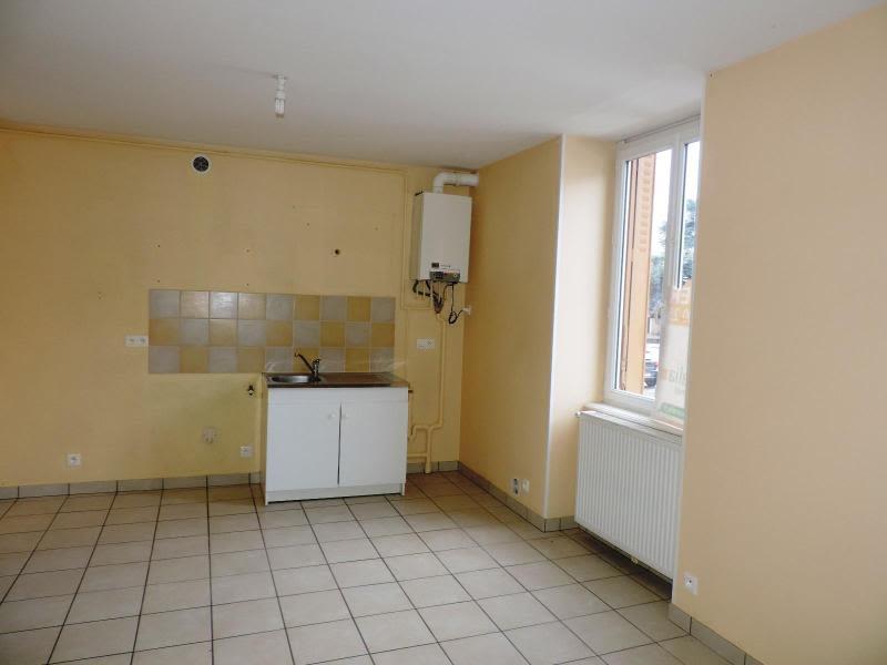 Location appartement Amplepuis 280€ CC - Photo 2